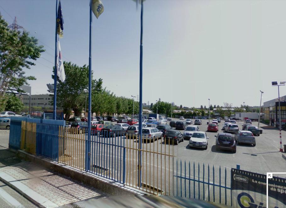 Locale commerciale capannone saxa rubra studio lionello for Via lima 7 roma